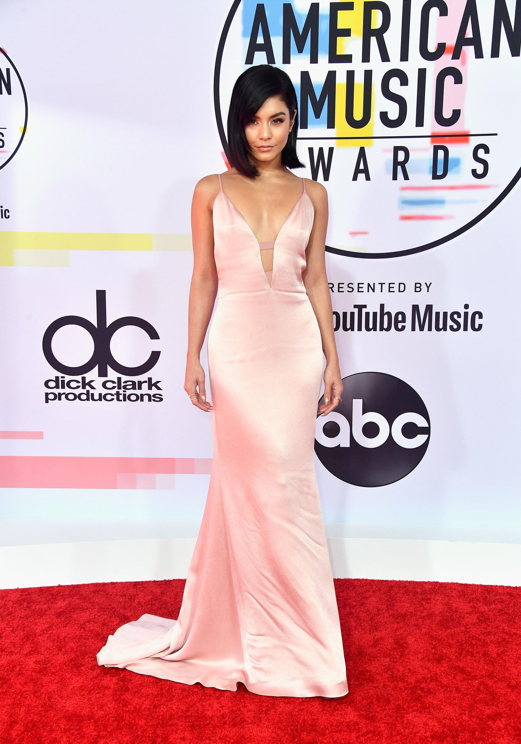 LOS ANGELES, CA - OCTOBER 09: Vanessa Hudgens attends the 2018 American Music Awards at Microsoft Theater on October 9, 2018 in Los Angeles, California. (Photo by Frazer Harrison/Getty Images)