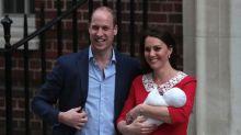 Gb, William e Kate lasciano ospedale dopo nascita terzo royal baby