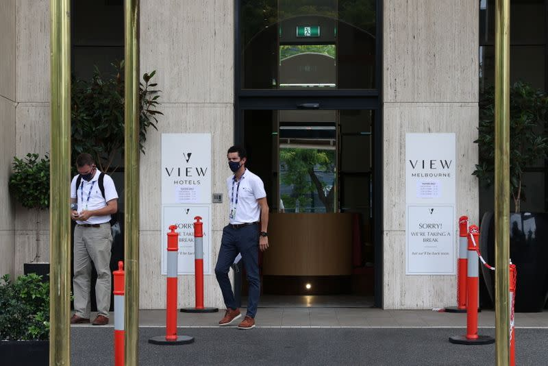 Australia's Victoria keeps cap on arrivals after cluster at quarantine hotel - Yahoo! Voices