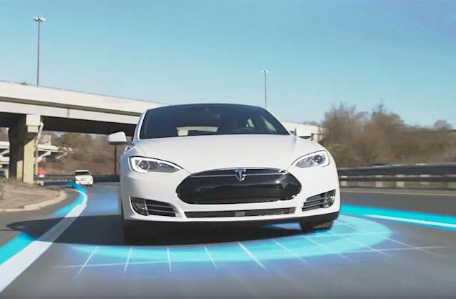 German officials: Tesla shouldn't say 'Autopilot' in its ads