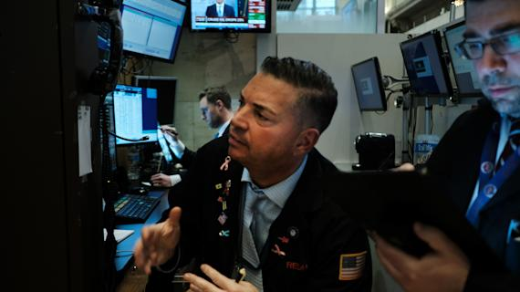 Stock futures hug the flat line after worst September since 2011