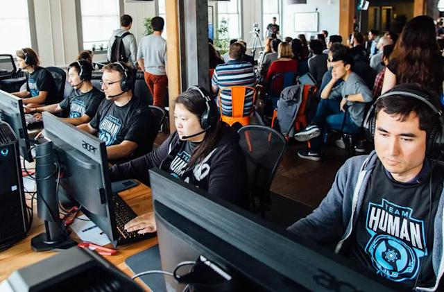 OpenAI's 'Dota 2' bots are taking on pro teams