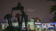 Petróleo termina con nueva baja, de 4,5% en Nueva York, a 31,50 USD el barril
