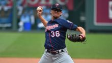 Diamondbacks agree to terms with reliever Tyler Clippard