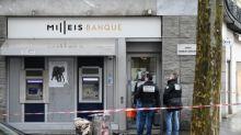 Bankräuber überfallen Luxus-Institut an Pariser Prachtmeile Champs-Elysées