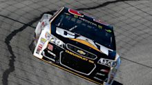 Ryan Newman swipes win at Phoenix by not pitting under final caution