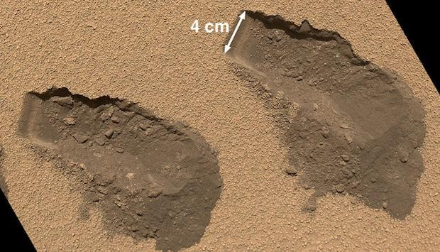NASA Curiosity rover digs Mars, finds sulfur, chlorine and organic traces of unknown origin