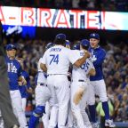 Dodgers clinch NL West title with 4-2 win over Giants