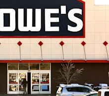 Lowe's beats Q2 revenue estimates