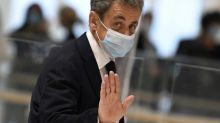 Frankreichs Ex-Präsident Sarkozy wegen Bestechung vor Gericht
