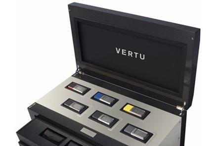 Vertu wraps up Racetrack Legends series with box set