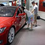 Analyst says 'nobody can compete' with Tesla in China
