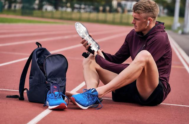 A smart running shoe insole detects your gait to offer coaching advice