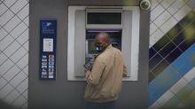 In Francia spariscono i bancomat. La via transalpina al cashless