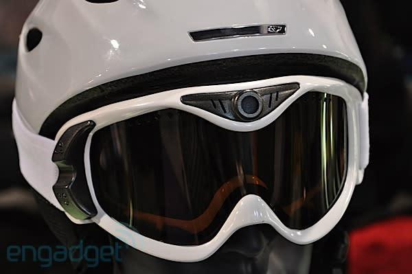 Liquid Image Summit Series Snow Goggles heads-on