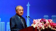 Goldman Sachs bankers 'cheated' Malaysia over 1MDB - PM Mahathir