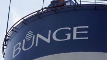 Bunge Takes Soybeans Loss After Wrong-Way Bet on Trade War