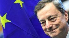 Bce pronta a nuovi stimoli: volano Borse, spread in forte calo