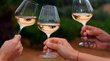 Milhões de litros de vinho rosé espanhol são vendidos como se fossem da França