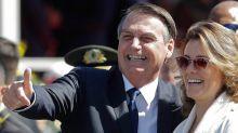 """Desgastado, Bolsonaro busca pulir su imagen para verse más """"presidencial"""""""