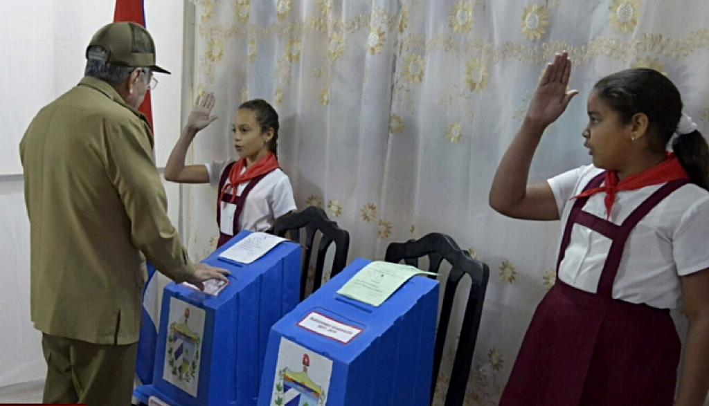Cuban President Raul Castro casts his ballot ratifying a new National Assembly that will choose his successor, a major transition for a country led by Castros for nearly 60 years (AFP Photo/HO)
