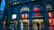 H&M Misses Out on Holiday Cheer