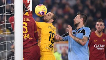 Roma's goalie won't live this blunder down