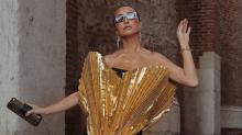 Vestido de Sabrina Sato é comparado com forminha de brigadeiro e custa R$ 10 mil