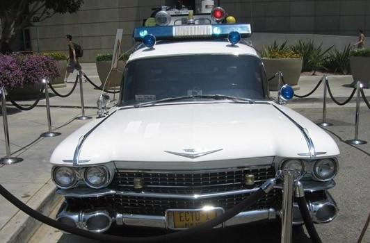 Seen@E3: Ghostbusters Ecto-1 bustin' ghosts in front of the LACC
