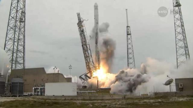 SpaceX's Falcon 9/Dragon Launches From Cape Canaveral