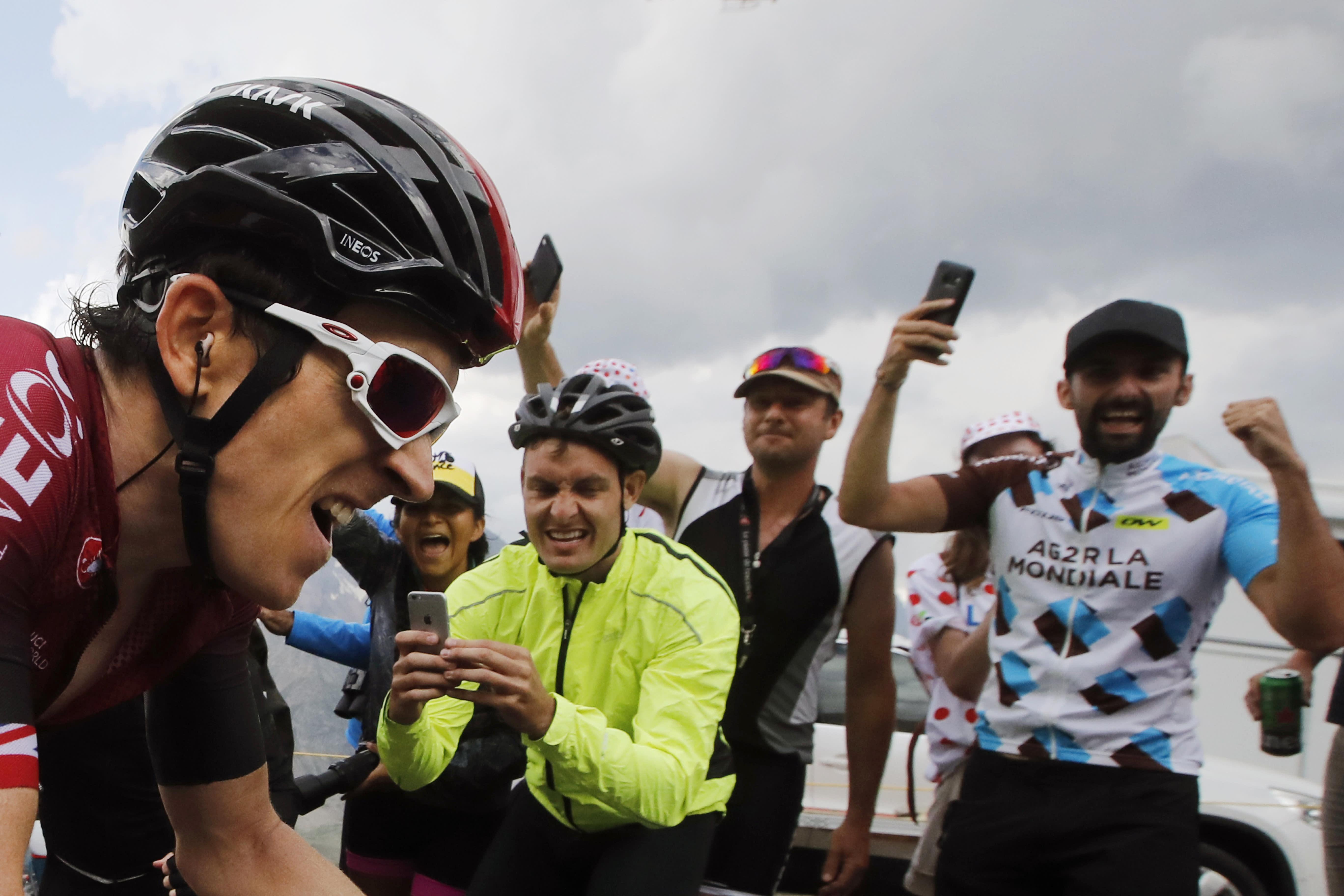 Tour de France: Fan holding sign causes huge crash - CNN