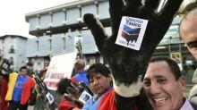 Ecuatorianos desisten de demanda contra Chevron en Canadá