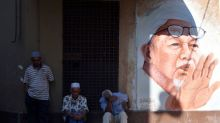Islamic party aims to hold the key in Malaysia's election