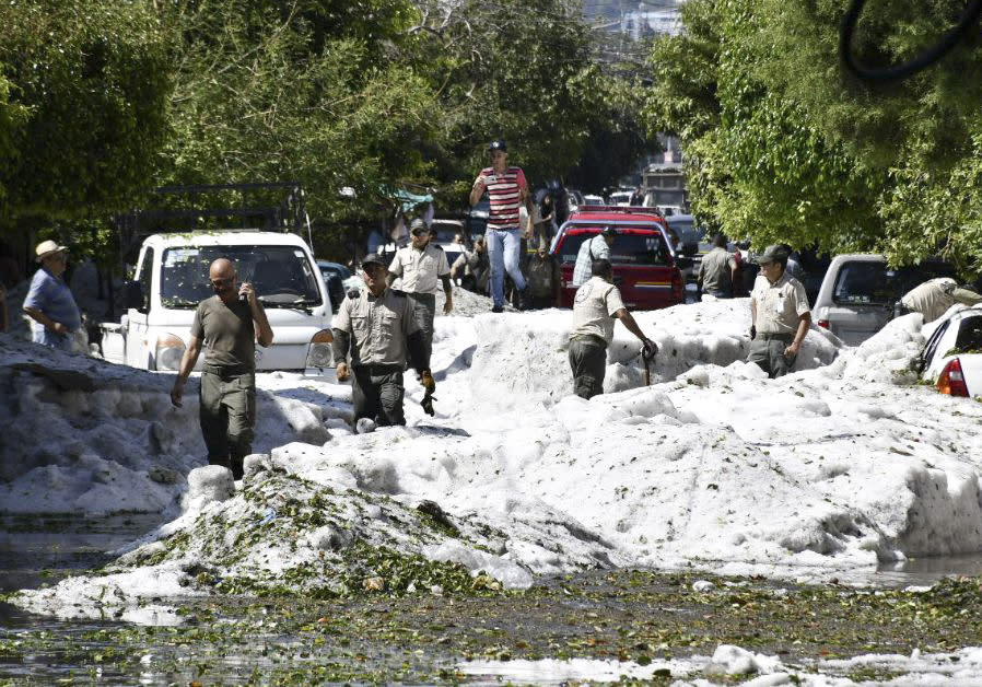 Freak storm buries cars in hail 2-metres deep in Mexico