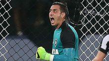 Gatito Fernández, do Botafogo, pode ser punido por ter chutado o VAR?