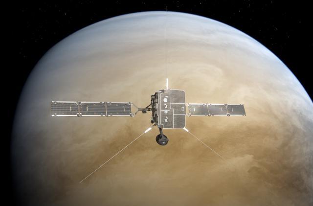 Solar Orbiter probe makes its first Venus flyby