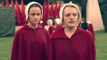 Inédita no Brasil, série 'The Handmaid's Tale' é a principal vencedora do Emmy 2017
