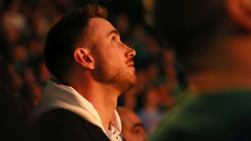10 months after injury, Hayward dunking again