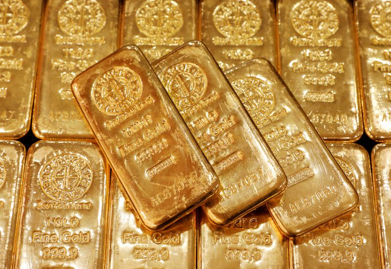 Britain carves out exemption for gold clearing banks from Basel III rule