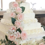 This DIY Costco Wedding Cake Hack Could Save You Thousands Of Dollars