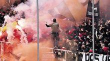 Nach Pyro-Ärger beim Hamburger Stadt-Derby: Fans fordern Schmerzensgeld vom Kiezklub