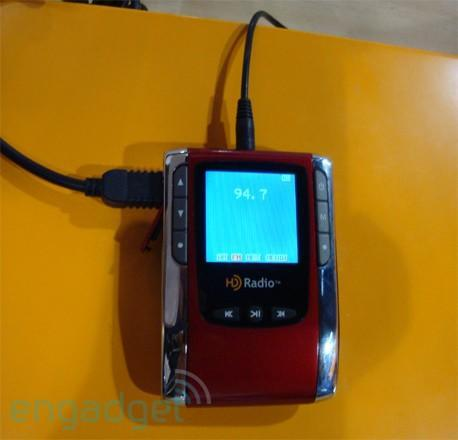 Portable HD Radio prototype gets pictured, coming this summer for under $50