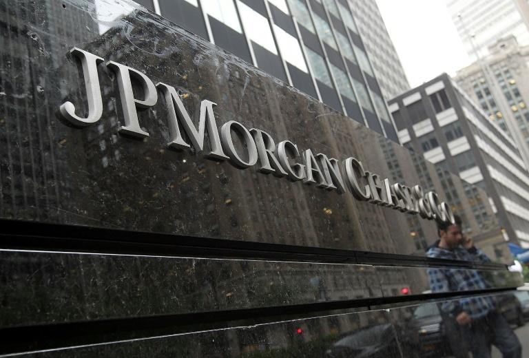 JPMorgan Chase posted a jump in profits in the fourth quarter, topping expectations on strong credit card lending and a good performance in trading (AFP Photo/JUSTIN SULLIVAN)