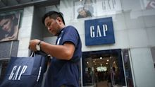 Gap looking to close hundreds of stores