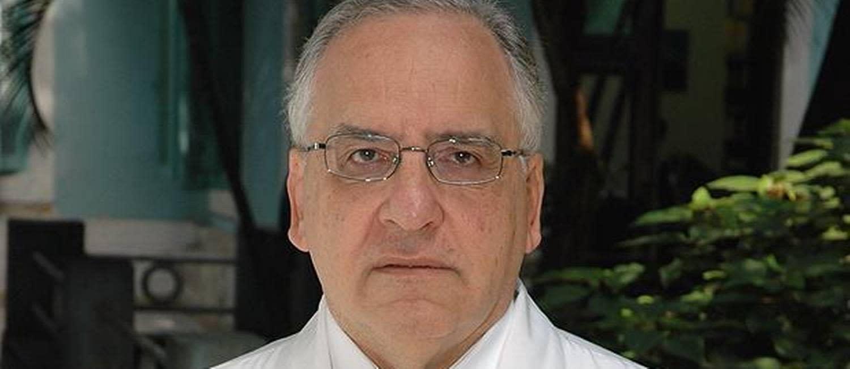 Longevidade da pandemia pode isolar o Brasil do resto do mundo, diz infectologista
