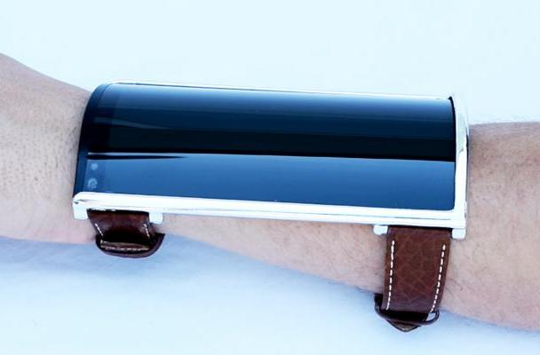 Is this wrist-worn smartphone on Indiegogo a hoax or a fever dream?