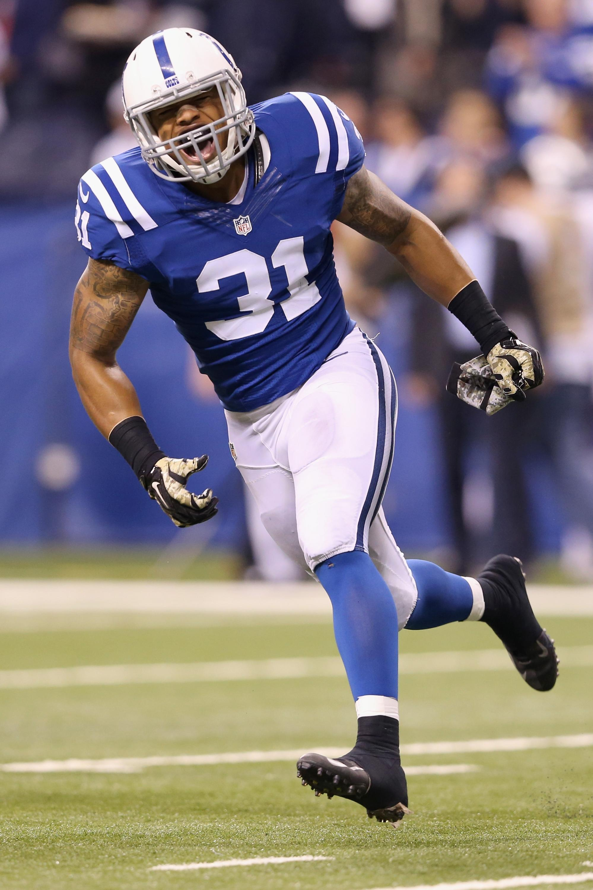 Colts safety Dewey McDonald drops easy pass on curious ...