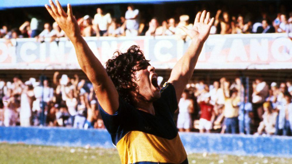 Diego Maradona saludó a Boca por su cumpleaños