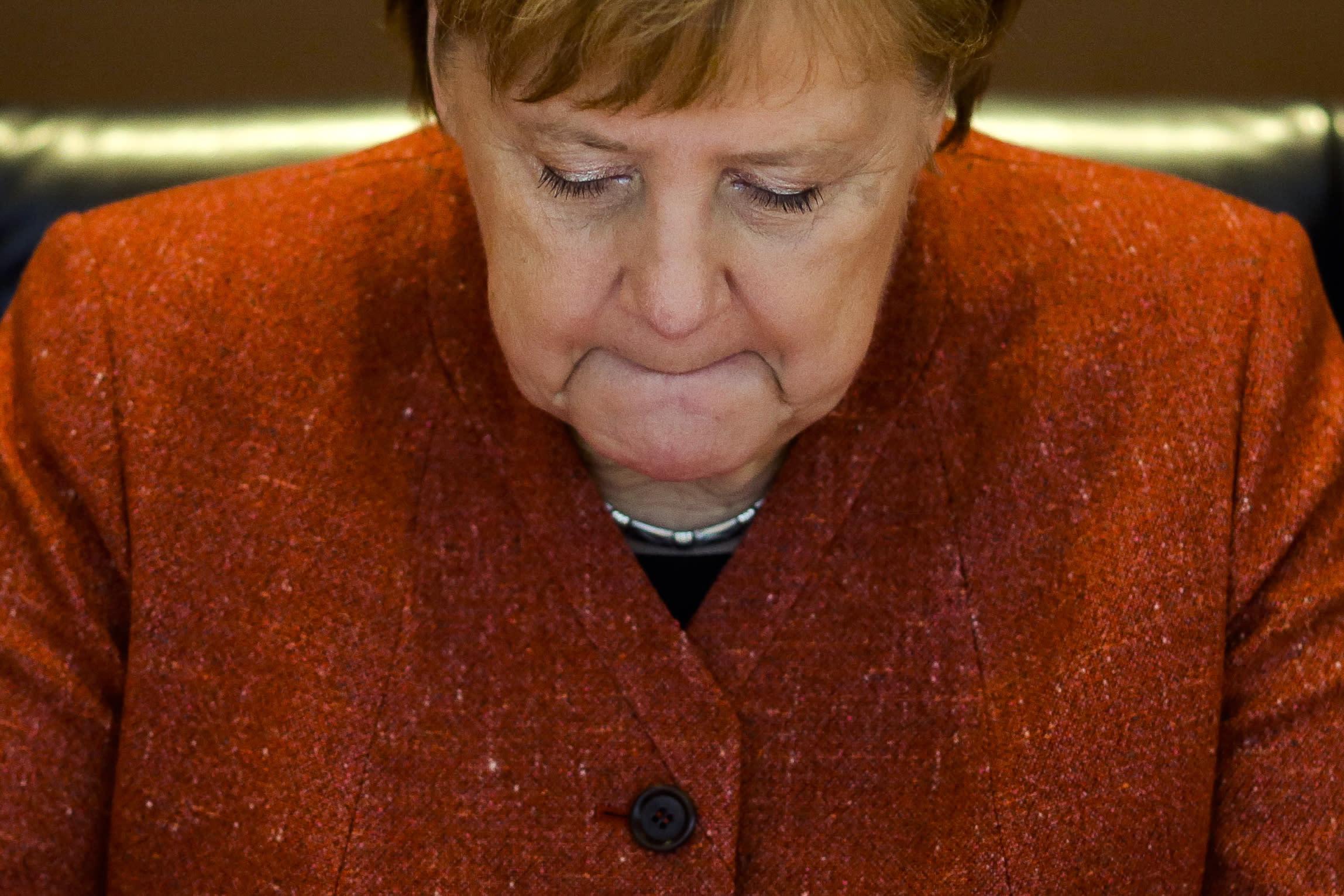 Former Merkel rival hints at interest in German govt job