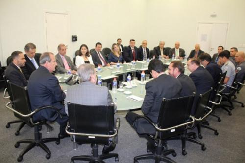 Após reunião com clubes, Governo de SP mantém torcida única e proibições